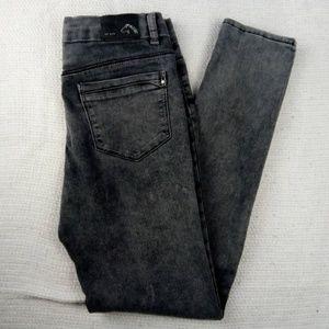 *** 3 For $20 *** Jordache Jeans Juniors Size 16